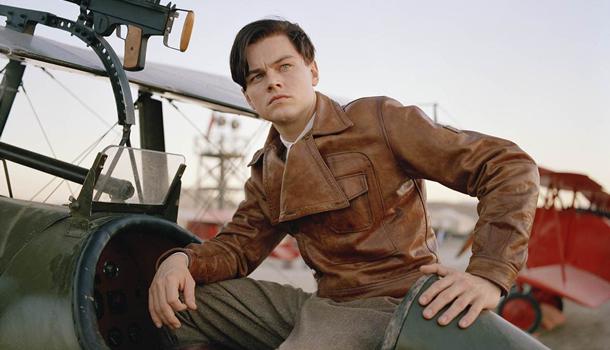 Leonardo DiCaprio som flylegenden Howard Hughs.